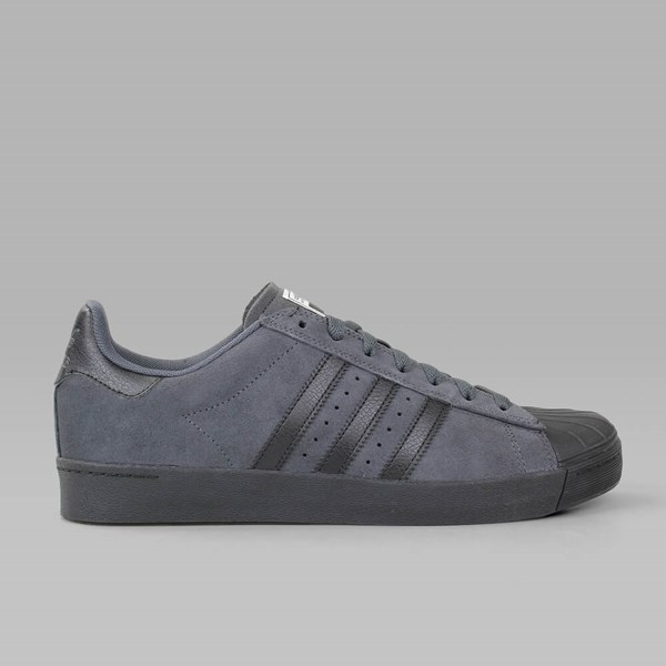 Adidas superstar, te solido nucleo grigio nero adidas avanzati