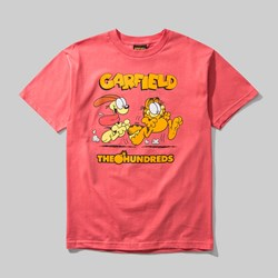 THE HUNDREDS X GARFIELD CHASE SS TEE CORAL